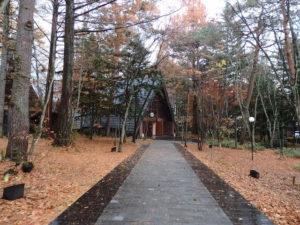 ブレストンコート森の教会